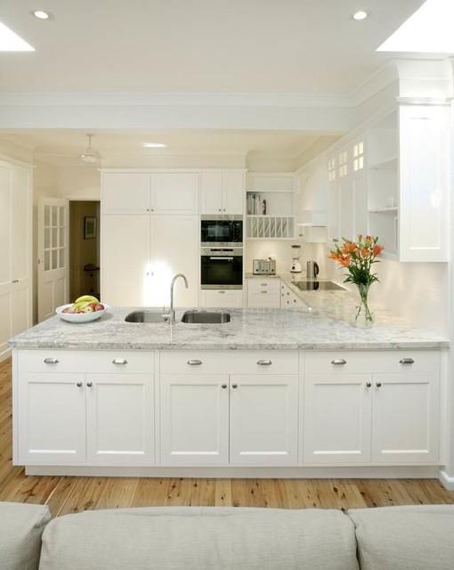 Kew traditional-kitchen