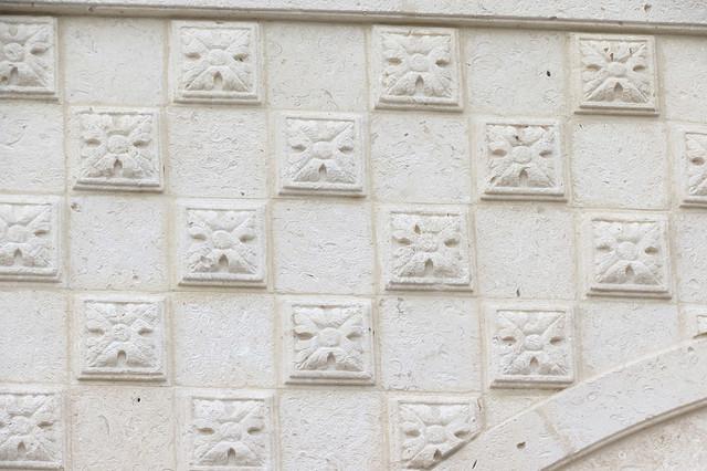 Stone Detail mediterranean