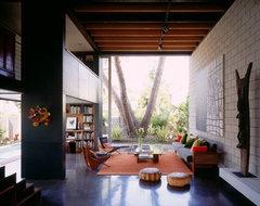 [ Steven Ehrlich Architects ] modern-living-room