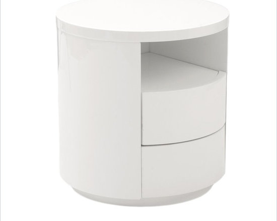 Eurostyle Rami Side Table in White - The Rami Round Side Table is a sleek and modern designed side table, which is a perfect partner for any modern sofa or platform bed. This round side table has MDF construction with white high gloss lacquer finish.