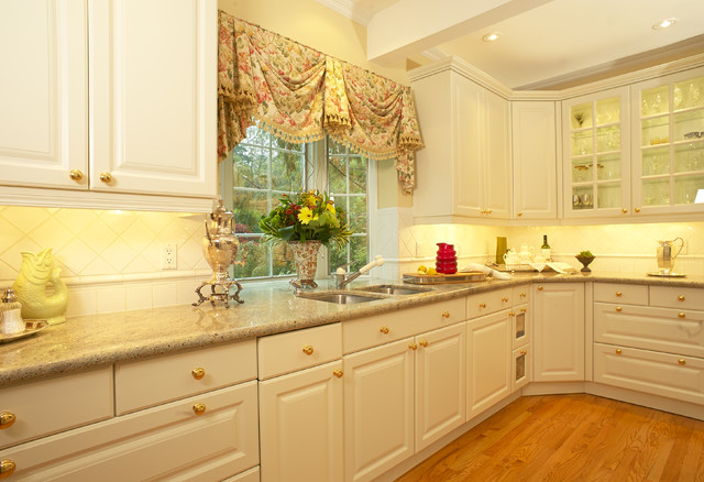 Refreshed Georgian traditional-kitchen