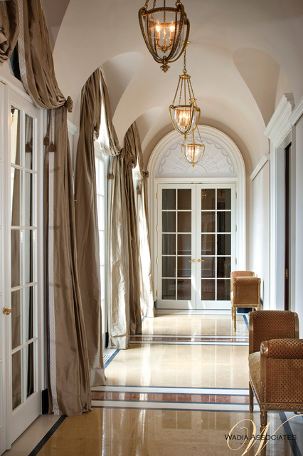 French Style Meets Georgian Elements In This Wadia Country