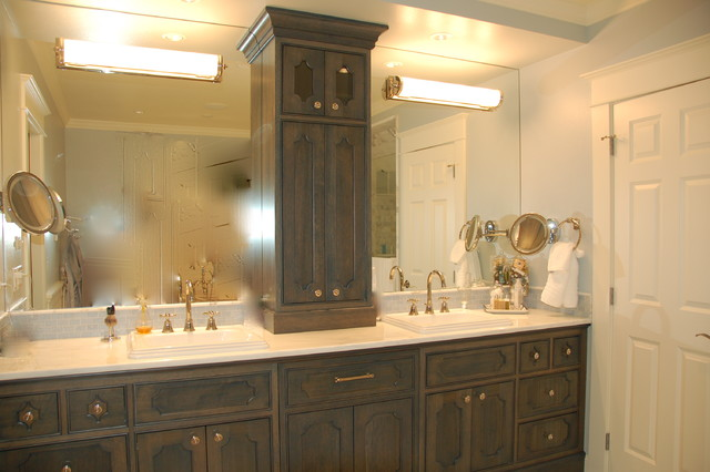 Remodel traditional bathroom