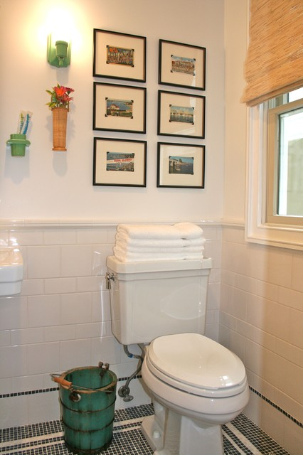 Fun vintage guest bath beach style