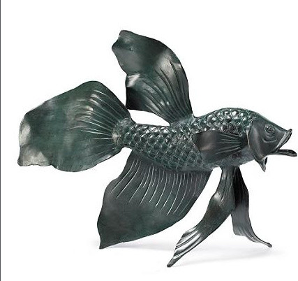 Fighting fish outdoor sculpture eclectic garden for Fish garden statue