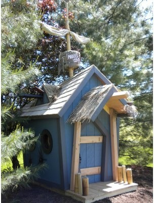 Kids Crooked House Pirates Playhouse modern-outdoor-playsets