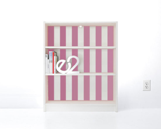 PANYL Bubblegum Thick Stripes for IKEA BILLY - Give your bookcase a bold new look with PANYL Thick Stripes. Easy to apply and no mess!