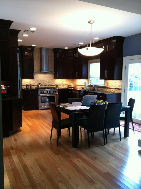 Modern and warm kitchen contemporary-kitchen