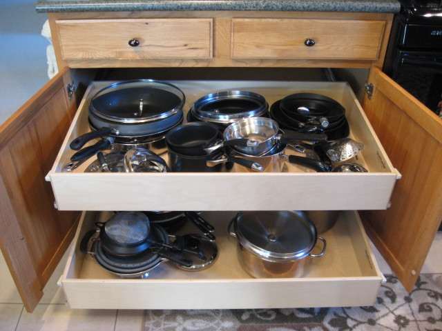 Pull Out Cabinet Drawers Pantries For An Anized Kitchen Diy
