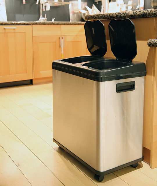 iTouchless Stainless Steel Dual-compartment Touchless Sensor 16-gallon Recycle C contemporary-kitchen-trash-cans