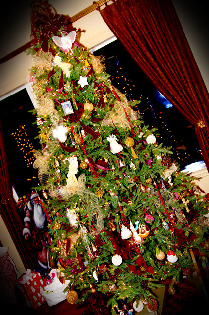 Holiday / Event Decor traditional
