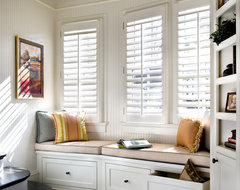 Plantation Shutters traditional window blinds