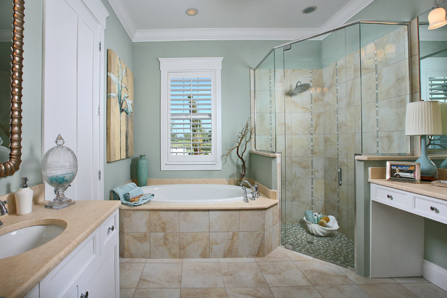 The Laurel Cottage Coastal Design Tropical Bathroom