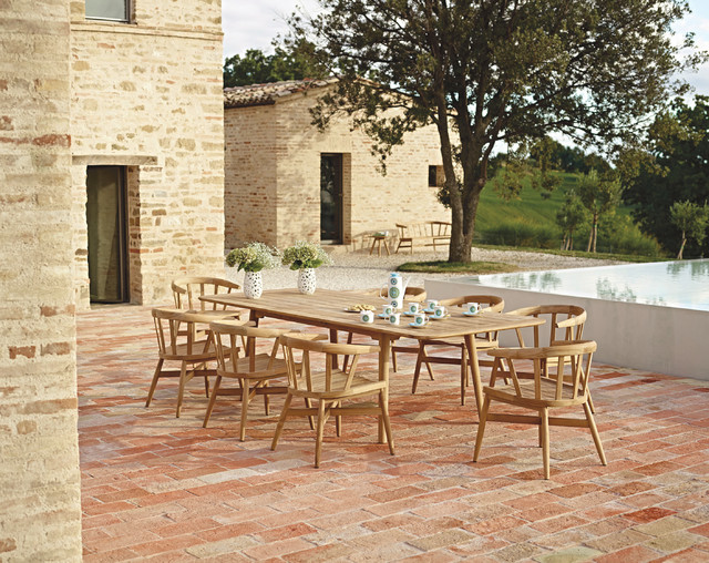 Garden patio furniture beach style outdoor dining for Home goods patio furniture