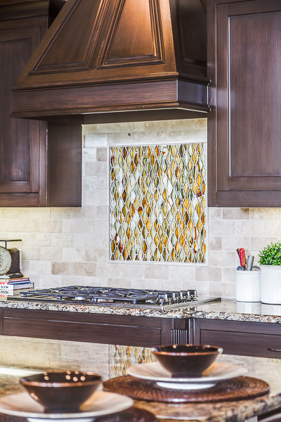 Home Star Staging - Staging to Sell traditional-kitchen