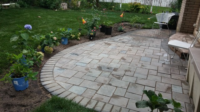 Prices On Landscaping Bricks : Richcliff patio hardscape traditional landscaping stones and pavers