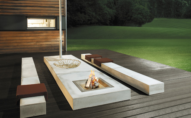 Outdoor Seating / Table 02492 modern