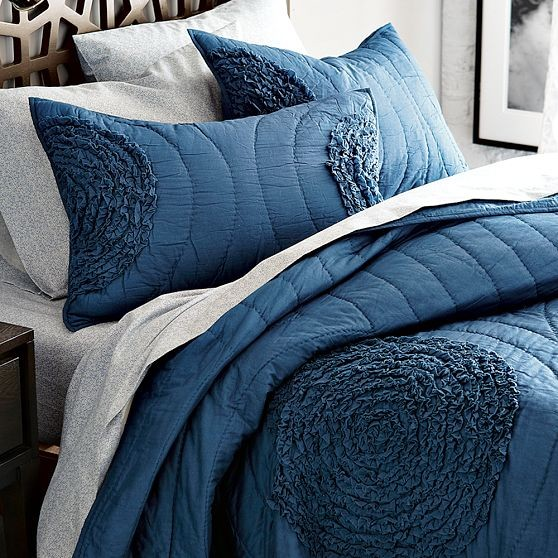 Ruffled-Circle Quilt + Shams modern shams