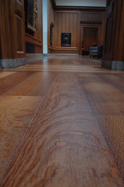 Old World Pristine Oak Footworn Weathered Ceruse Finish