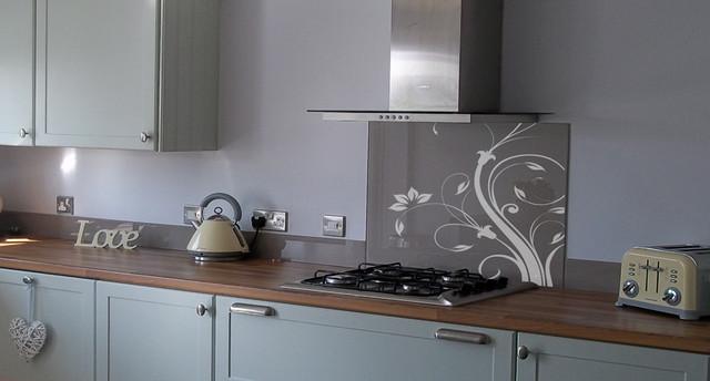 Patterned Glass Splashback Contemporary Kitchen