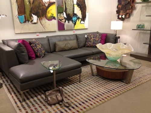 What Color Looks Good With Dark Grey Sectional