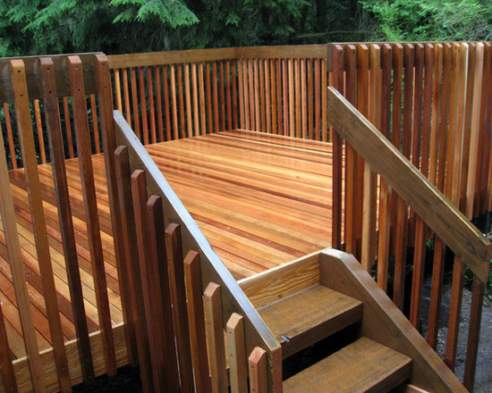 Traditional Cedar Deck & Rail -