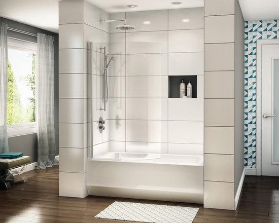 "Fleurco Banyo Tub Curved Shield 34"" x 58"" Frameless Curved Tub Shield ESBC34 - In-Line shower or tub configurations"