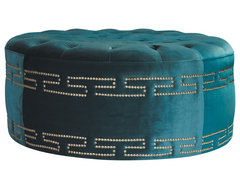 My Chic Nest: Benches and Ottomans footstools-and-ottomans