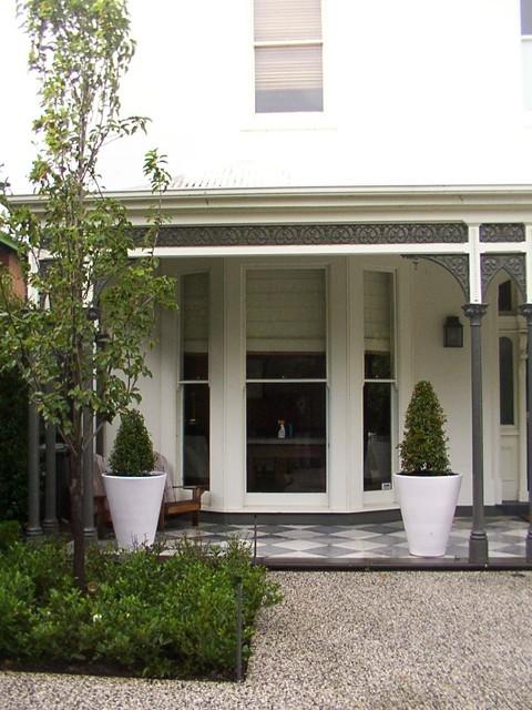 Andrew Renn Design. Beautiful gardens of Melbourne Australia traditional