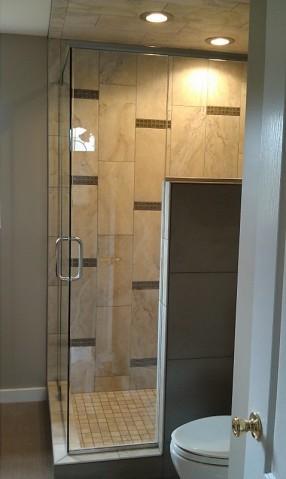 Bathrooms traditional-bedroom