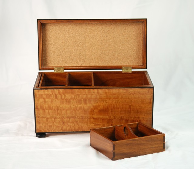 Satinwood Jewelry Box traditional-jewelry-boxes-and-organizers