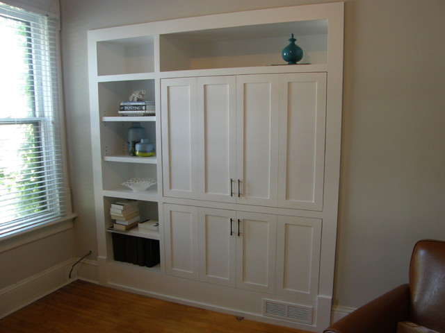 Milwaukee Built-In Cabinets - Traditional - Storage And Organization ...