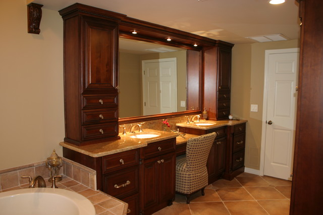 Elegant master bath with warm rich tones traditional for Elegant master bathrooms pictures