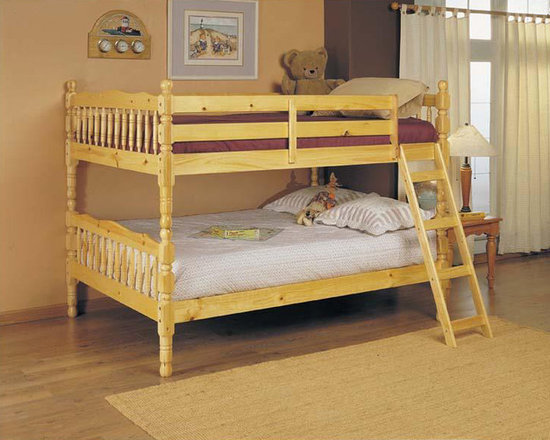 Homestead Bunk Bed in Natural Finish - Versatile and functional Bunk Bed is designed with a natural finish and includes a ladder. This is an ideal sleeping space for a few kids.