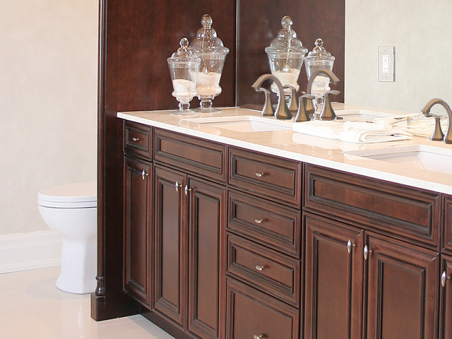 Vanities traditional bathroom vanities and sink - Pictures of vanities in bathrooms ...