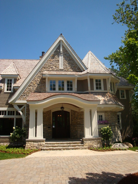 07. Golf Course Residence traditional-entry