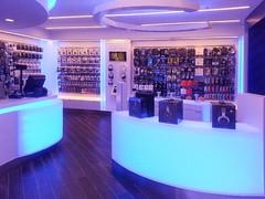 Lightology | Sales Consultants