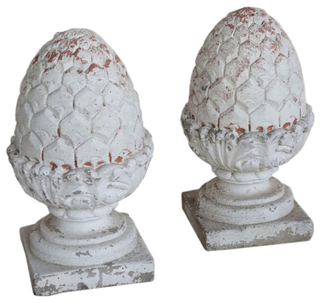 Pair of vintage composite pineapple finials outdoor for Pineapple outdoor decor