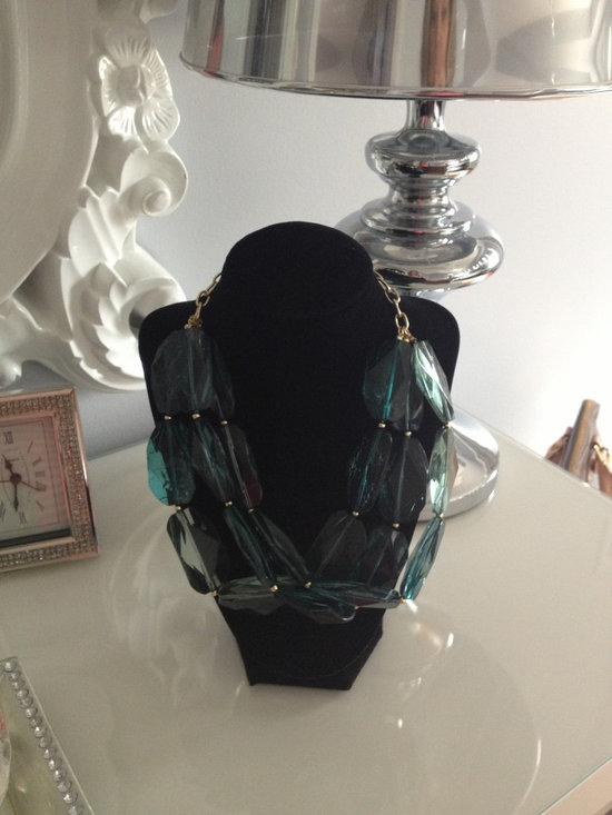 Glamorous Dressing Table - Decor by Christine glamorous dressing table, displaying jewelry tip,