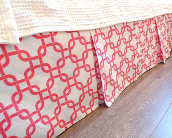 Home Decor Products - Twin box-pleat bed-skirt in white and pink Links.  %100 sturdy cotton.   Custom drop available.