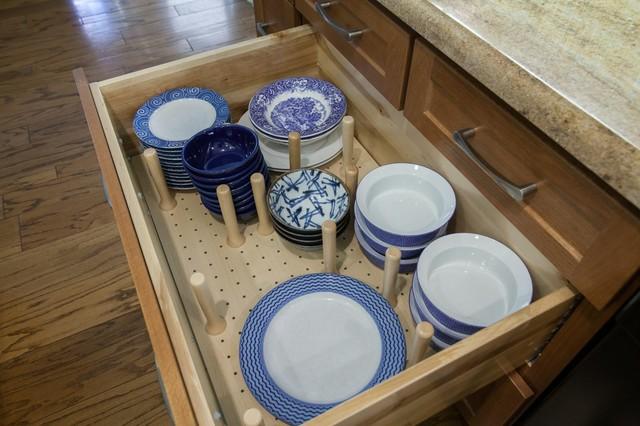 HomeCrest, Sedona, Oak, Sable traditional-kitchen-drawer-organizers