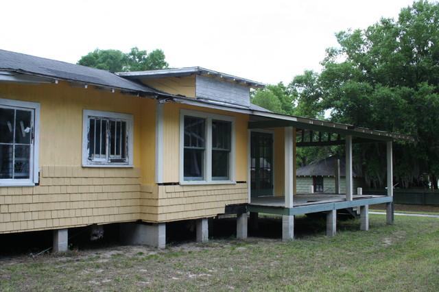 bungalow renovation traditional