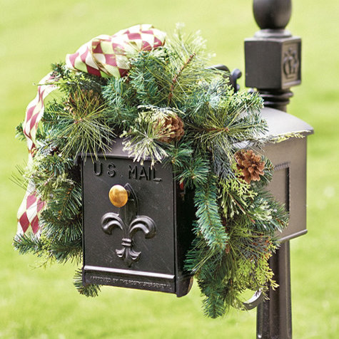 Mixed Pine Mailbox Wreath traditional-holiday-decorations