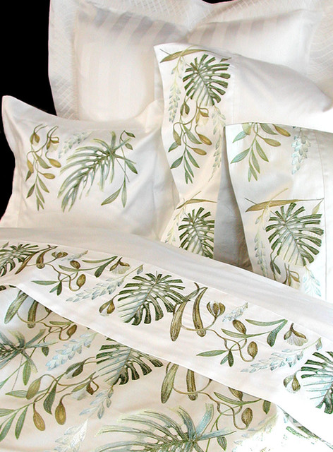 Anali Embroidered Bedding  bedding