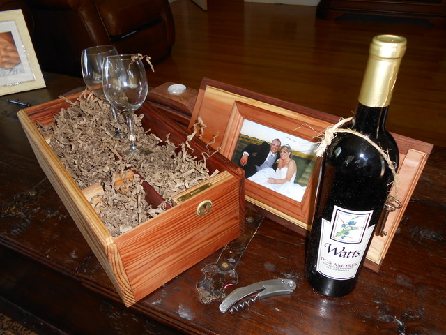 Wine Gift Box traditional