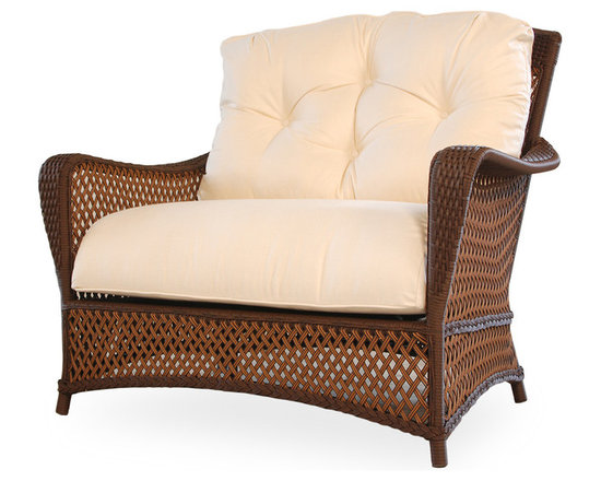 Lloyd Flanders Grand Traverse Chair and a Half Cuddle -
