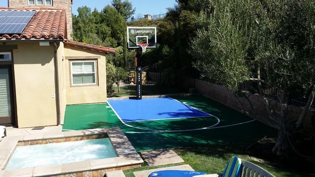 Outdoor home basketball court design ideas house design Basketball court installation cost