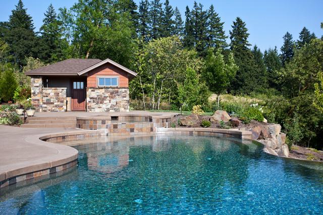 Silverton traditional-pool