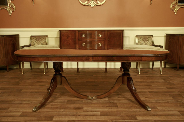Traditional antique reproduction brown mahogany dining for Antique dining room tables