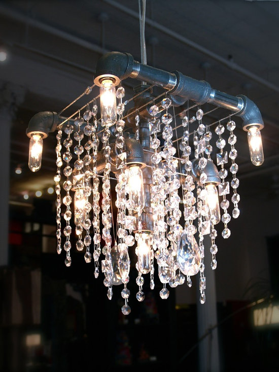 Tribeca Collection Grand Chandelier -